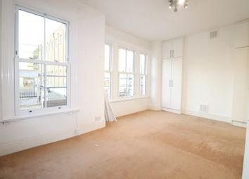 2 bed maisonette to rent in Townmead Road, Fulham SW6