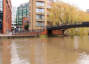 2 bed flat to rent in Crane Wharf, Reading RG1