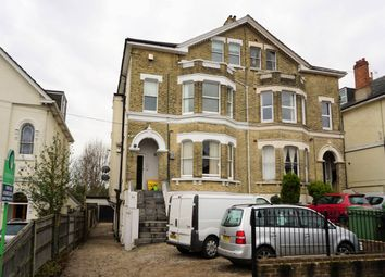 Thumbnail 1 bed flat to rent in Queens Road, Tunbridge Wells, Kent