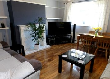 Thumbnail 2 bed flat to rent in Upper Bridge Road, Old Moulsham, Chelmsford