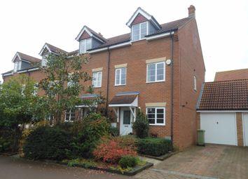 3 bed property to rent in Singleton Drive, Grange Farm, Milton Keynes MK8