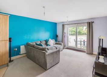 Burlescombe House, Burrage Road, Redhill RH1. 2 bed flat for sale