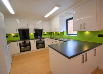 Thumbnail 8 bed property to rent in Allcroft Road, Reading