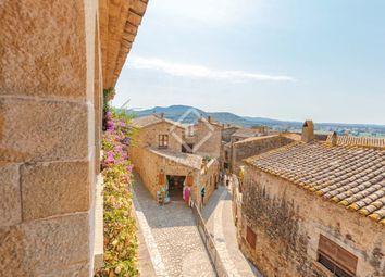 Thumbnail 4 bed villa for sale in Spain, Girona (Inland Costa Brava), Baix Empordà, Cbr12648