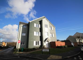 Thumbnail 2 bed flat to rent in Lynn Crescent, Fareham