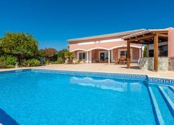 Thumbnail 4 bed villa for sale in Portugal, Algarve, Praia Da Luz