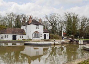 Thumbnail 2 bed cottage to rent in Old Budbrooke Road, Budbrooke, Warwick
