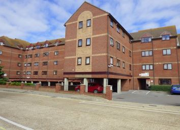 2 bed flat to rent in Wises Court, Gosport PO12