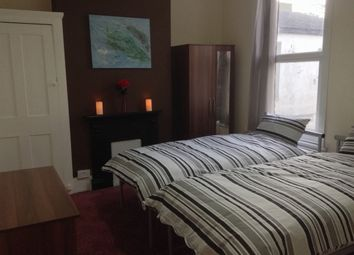 Thumbnail 6 bed shared accommodation to rent in Queens Road, Southend On Sea