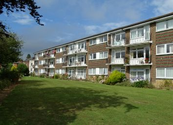 Thumbnail 2 Bed Flat To Rent In Park Court Park Road Burgess Hill