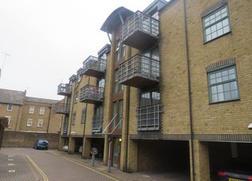 1 bed property to rent in Abbey Road, Barking IG11
