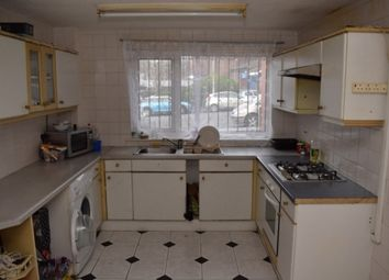 Thumbnail 4 bedroom property to rent in Woodsley Road, Hyde Park, Leeds