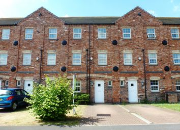 Thumbnail 4 bed town house to rent in Hambleton Avenue, North Hykeham, Lincoln