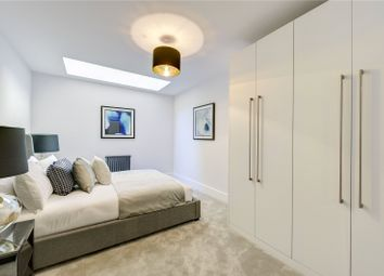 Kings Mews, London WC1N. 3 bed flat
