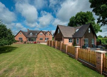 Ferry Lane, Uckinghall, Tewkesbury, Gloucestershire GL20. 6 bed detached house for sale
