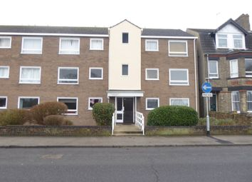 Thumbnail 2 bed flat to rent in London Road South, Lowestoft
