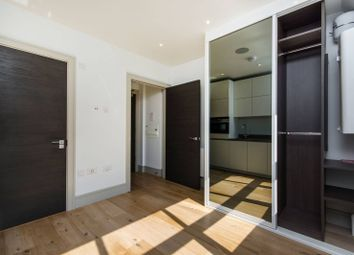 Thumbnail Studio to rent in Crown Hill, Croydon
