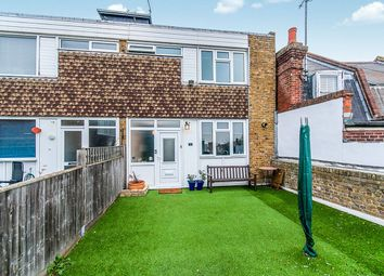 2 bed flat for sale in Stephen Close, Broadstairs CT10