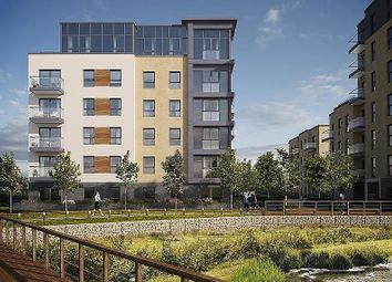 Thumbnail 2 bedroom flat for sale in Padworth Avenue, Reading