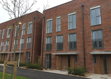 Thumbnail Room to rent in Renard Way, Cambridge CB2, Trumpington