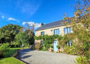 Thumbnail 3 bed property for sale in Berrien, Finistère, France