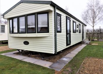 Thumbnail 2 bed mobile/park home for sale in Frostley Gate, Holbeach, Spalding