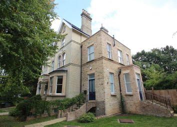 Thumbnail 3 bed flat to rent in Bishopswood Road, Highgate