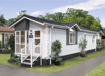 Thumbnail 2 bed mobile/park home for sale in Warrington Road, Bartington, Cheshire