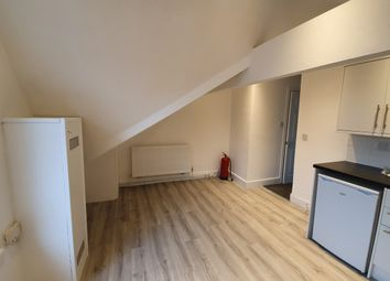 1 bed flat to rent in Cathays Terrace, Cardiff CF24