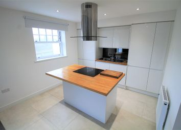 Thumbnail 2 bed flat to rent in Station Road, Essex
