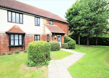 Thumbnail 2 bed flat for sale in Vicarage Road, Marchwood, Southampton
