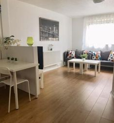 4 bed flat to rent in Dunsmore Close, Southsea PO5