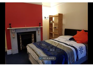 Thumbnail Room to rent in Highcliff Avenue, Southampton