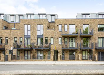 Thumbnail 3 bed flat for sale in Westmoreland Apartments, Battersea, London