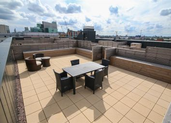 Thumbnail 3 bed flat for sale in Alto, Sillivan Way, Salford