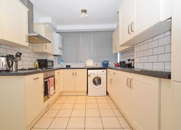 4 bed flat to rent in Hare Walk, London N1