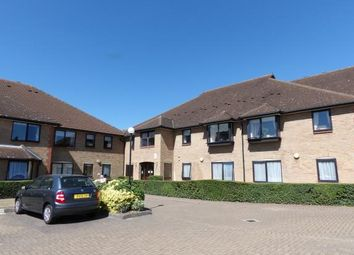 Thumbnail 2 bed flat for sale in Queens Park Avenue, Billericay, Essex