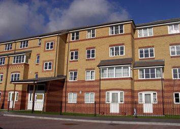 Thumbnail 2 bed flat to rent in Peatey Court, Princes Gate, High Wycombe