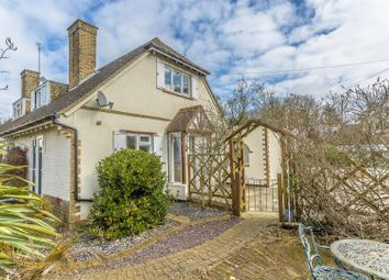 Thumbnail 3 bedroom semi-detached house for sale in Vincent Close, Chipstead, Coulsdon