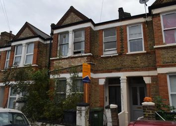 Thumbnail 3 bedroom flat to rent in Arica Road, London