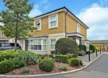 Vallings Place, Long Ditton, Surbiton KT6. 3 bed end terrace house