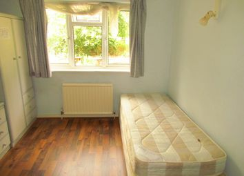 Thumbnail Room to rent in Grange Road, New Ham, Stratford Dockland, Canary Wharf