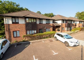 2 bed flat for sale in Old Cove Road, Fleet GU51