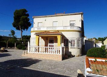 Thumbnail 6 bed villa for sale in 03140 Guardamar, Alicante, Spain
