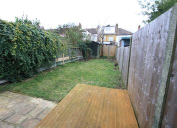 Thumbnail 3 bed flat to rent in Leighville Grove, Leigh-On-Sea