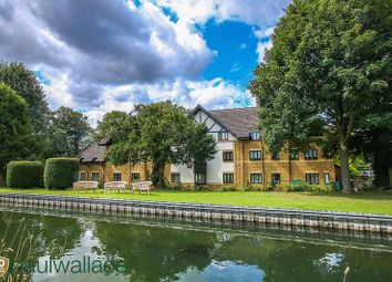 1 bed property for sale in Bishops Court, Churchgate, Cheshunt, Waltham Cross EN8