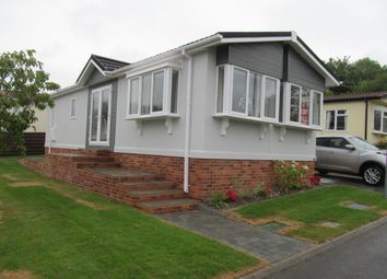 Thumbnail 2 bed mobile/park home for sale in Southview Park (Ref 5646), Olivers Battery, Winchester, Hampshire