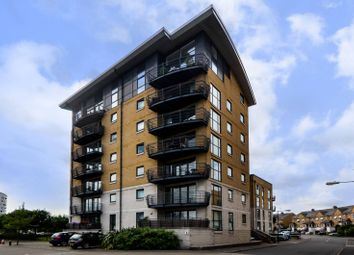 Thumbnail 2 bed flat to rent in Greenfell Mansions, Greenwich, London