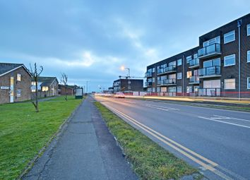 Thumbnail 1 bed flat to rent in Sutton Avenue, Peacehaven