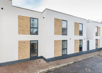 Thumbnail 2 bed flat to rent in Hollybush Terrace, Westow Street, London